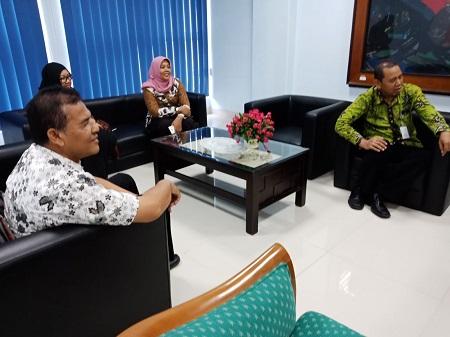 Dinas Kominfo Kebumen dan STMM MMTC teken MoU