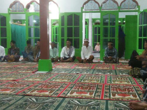 Safari subuh berjamaah di Masjid Baitul Huda Dukuh Sampih Desa Widoro Kec.  Karangsambung